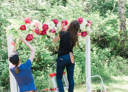 Bella Fiori Flirty Fleurs Floral Design Class taught by Alicia Schwede
